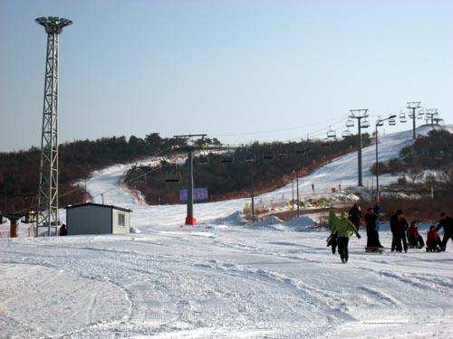 虹溪谷滑雪场图片